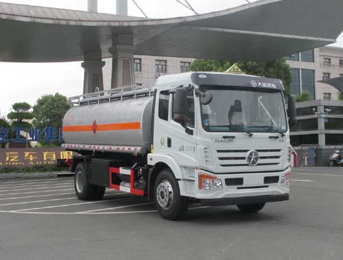 大运10吨运油车