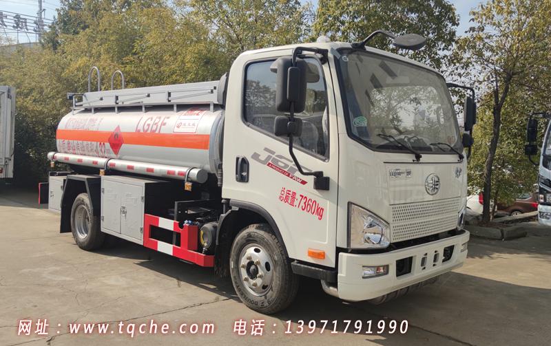 国六解放5吨小型加油车