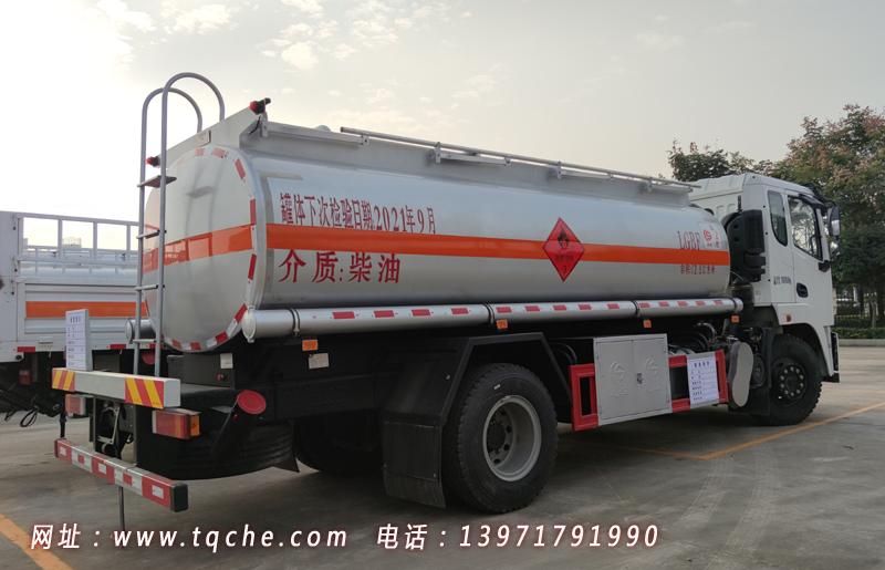 国六东风锦程运油车